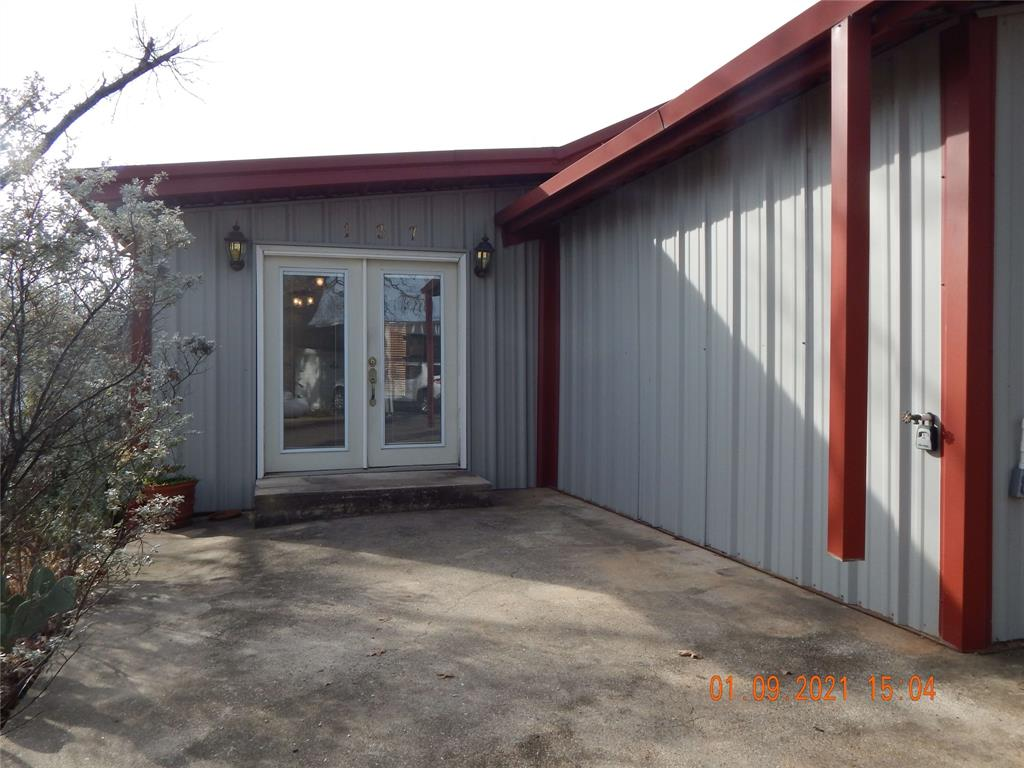 137 Elm  Street, Gordonville, Texas 76245 - acquisto real estate best prosper realtor susan cancemi windfarms realtor