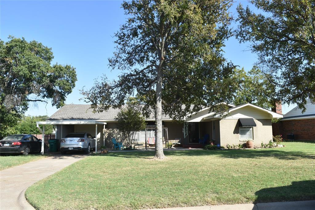 906 Ash  Street, Archer City, Texas 76351 - Acquisto Real Estate best frisco realtor Amy Gasperini 1031 exchange expert