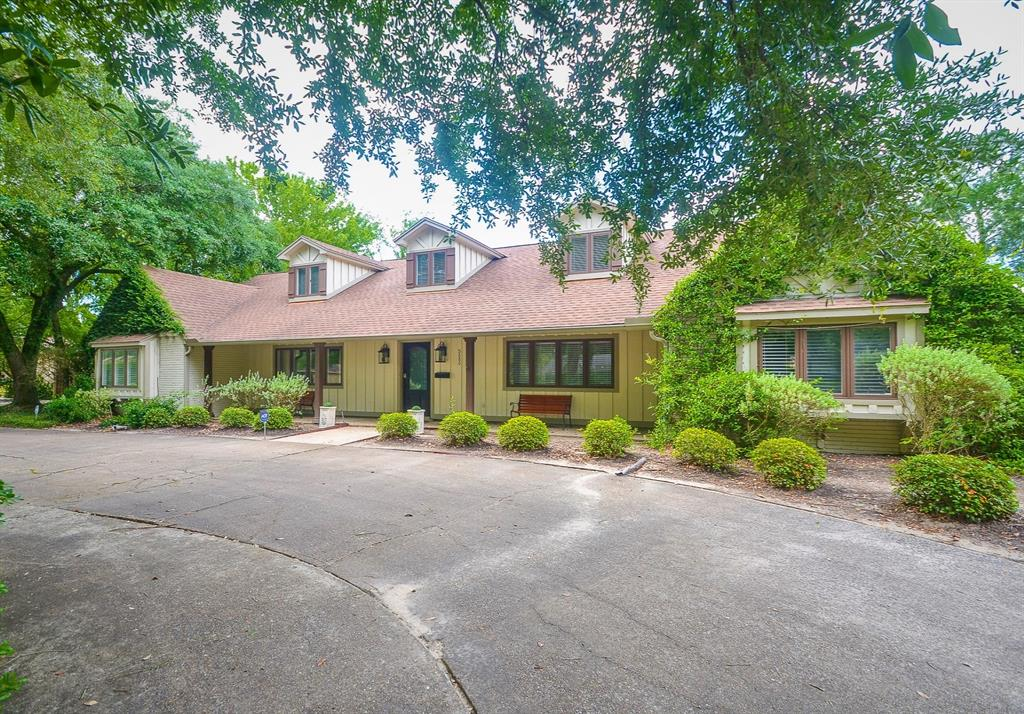 5880 Gladys  Avenue, Beaumont, Texas 77706 - Acquisto Real Estate best frisco realtor Amy Gasperini 1031 exchange expert