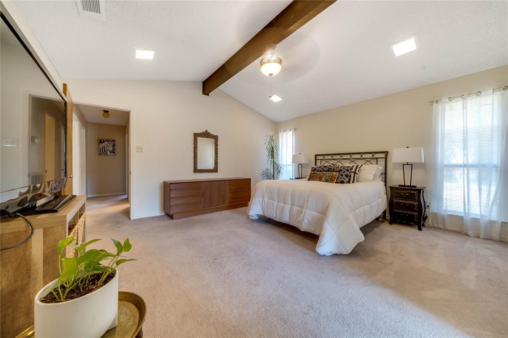 324 Shady Brook  Lane, Cedar Hill, Texas 75104 - acquisto real estate best new home sales realtor linda miller executor real estate