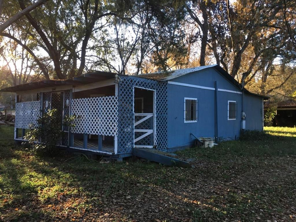 39 Carolyn  Street, Huntsville, Texas 77320 - Acquisto Real Estate best frisco realtor Amy Gasperini 1031 exchange expert
