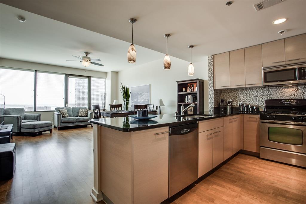 1200 Main  Street, Dallas, Texas 75202 - Acquisto Real Estate best frisco realtor Amy Gasperini 1031 exchange expert