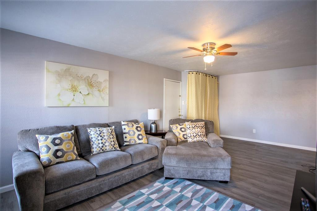 8055 Meadow  Road, Dallas, Texas 75231 - acquisto real estate best style realtor kim miller best real estate reviews dfw