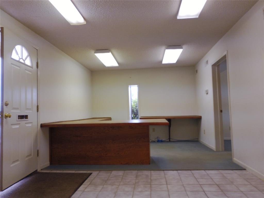 711 Walker  Street, Breckenridge, Texas 76424 - acquisto real estate best realtor dfw jody daley liberty high school realtor