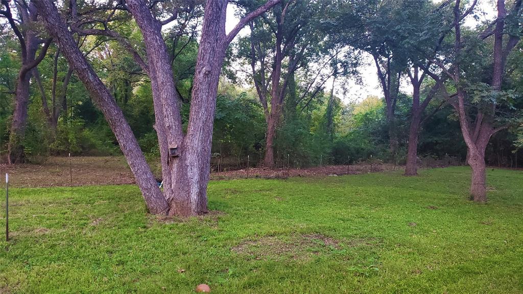 2088 County Road 1215  Savoy, Texas 75479 - acquisto real estate mvp award real estate logan lawrence
