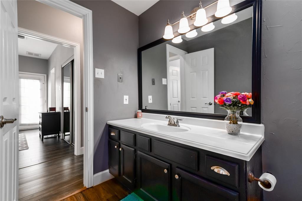 5620 Live Oak  Street, Dallas, Texas 75206 - acquisto real estate best designer and realtor hannah ewing kind realtor