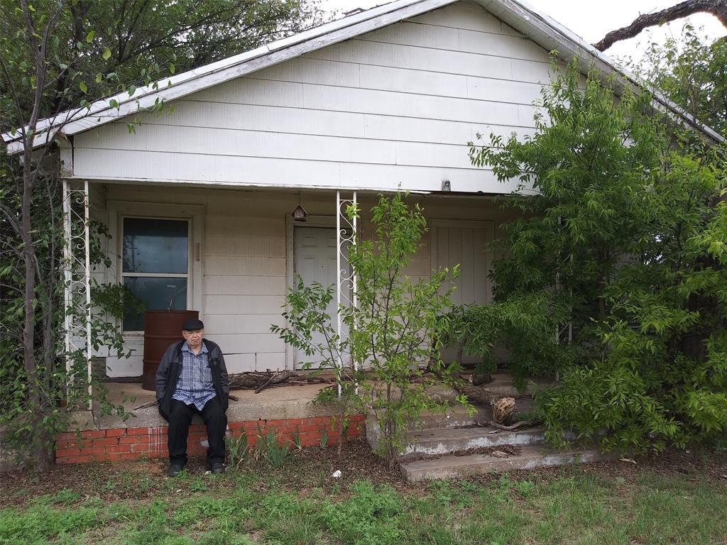 102 Washington  Avenue, Electra, Texas 76360 - Acquisto Real Estate best frisco realtor Amy Gasperini 1031 exchange expert