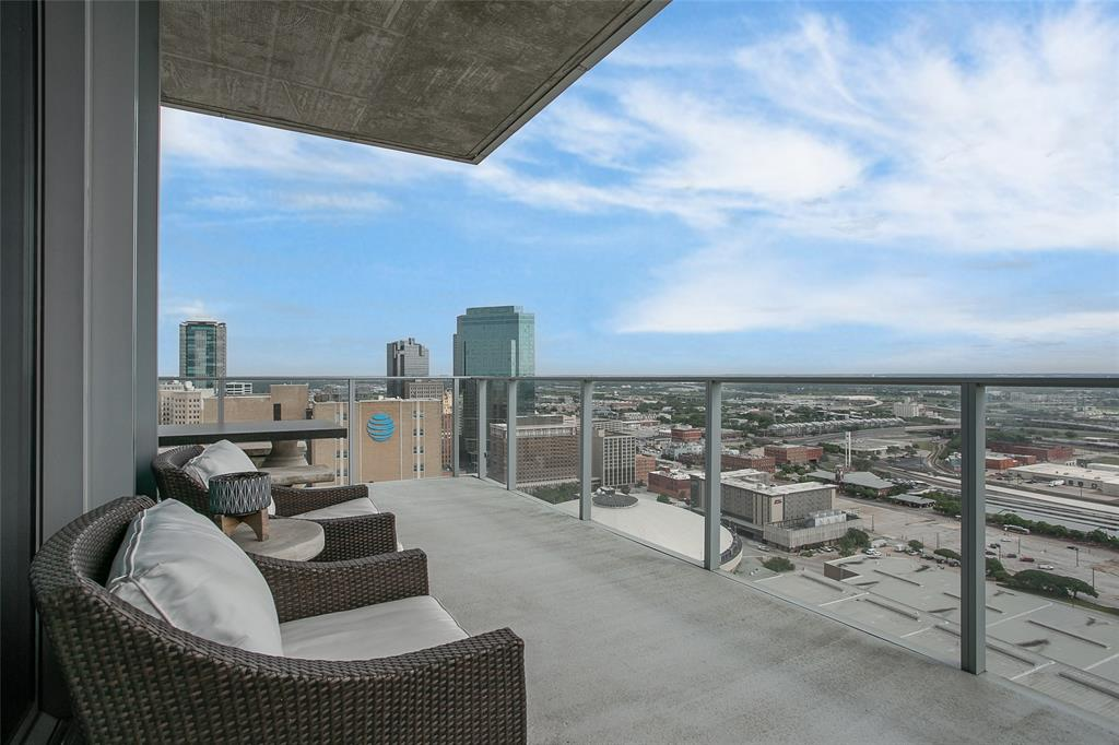 1301 Throckmorton  Street, Fort Worth, Texas 76102 - acquisto real estaet best boutique real estate firm in texas for high net worth sellers