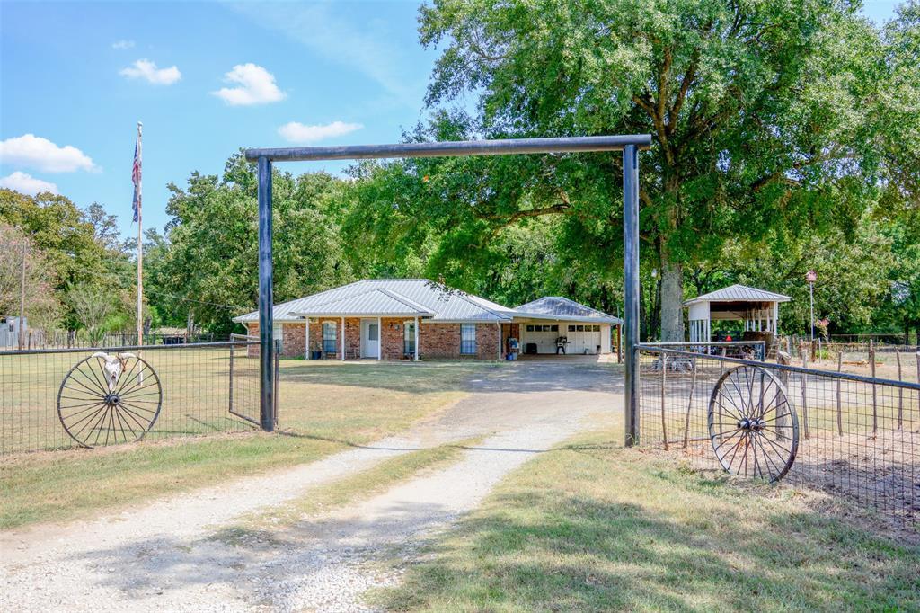 837 Fm 489  Donie, Texas 75838 - Acquisto Real Estate best frisco realtor Amy Gasperini 1031 exchange expert