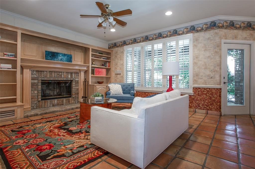 11724 Ferndale  Lane, Fort Worth, Texas 76008 - acquisto real estate best listing agent in the nation shana acquisto estate realtor