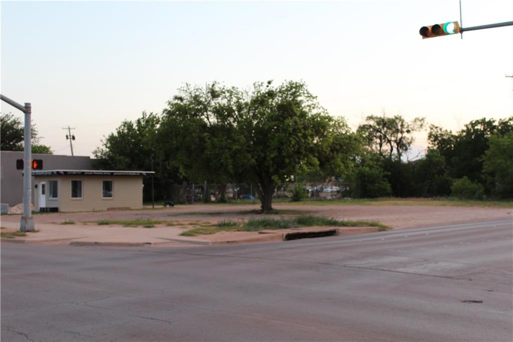 942 Pine  Street, Abilene, Texas 79601 - Acquisto Real Estate best frisco realtor Amy Gasperini 1031 exchange expert