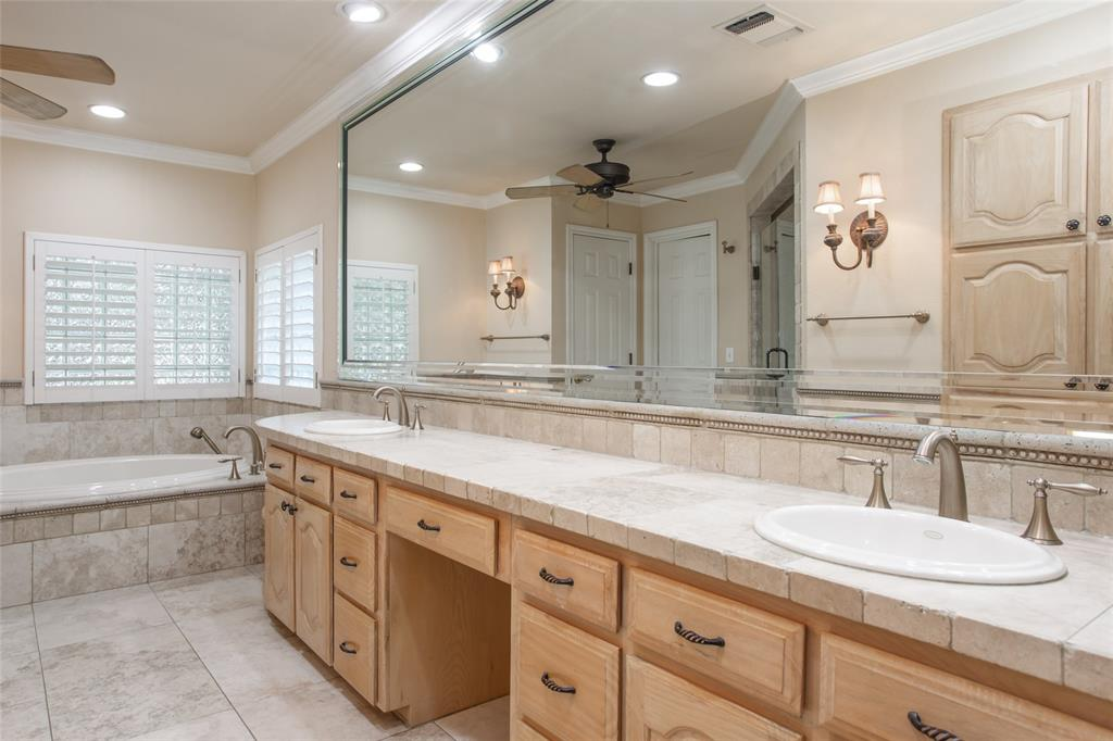 11724 Ferndale  Lane, Fort Worth, Texas 76008 - acquisto real estate best realtor dfw jody daley liberty high school realtor