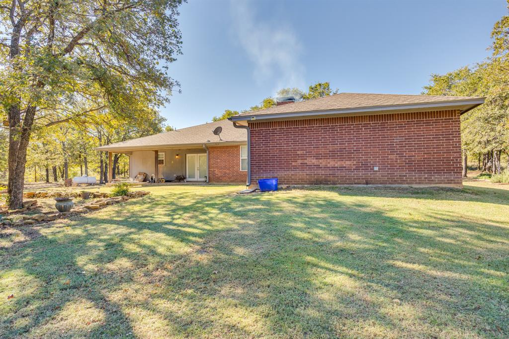 686 Spring Valley  Road, Paradise, Texas 76073 - acquisto real estate best plano real estate agent mike shepherd