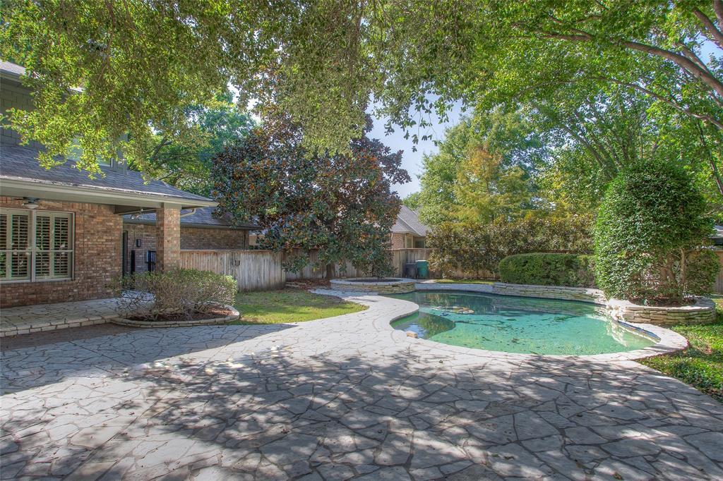 11724 Ferndale  Lane, Fort Worth, Texas 76008 - acquisto real estate mvp award real estate logan lawrence