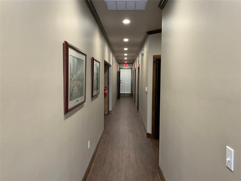 208 California  Street, Gainesville, Texas 76240 - acquisto real estate best luxury buyers agent in texas shana acquisto inheritance realtor