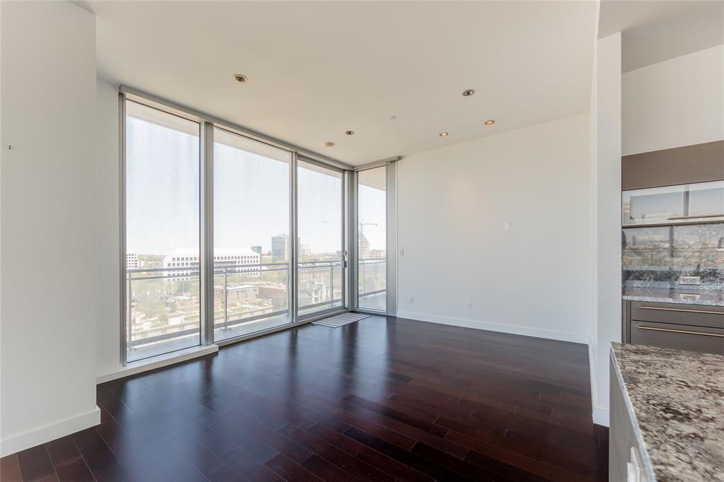 2900 Mckinnon  Street, Dallas, Texas 75201 - acquisto real estate best new home sales realtor linda miller executor real estate