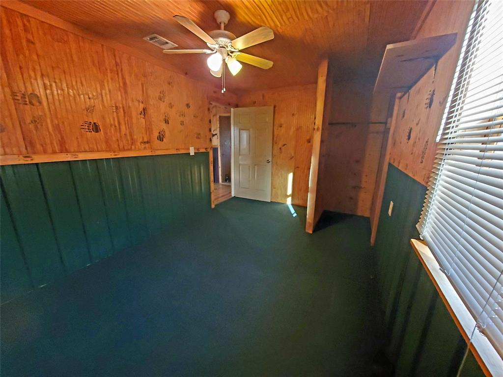 610 CR 4005  Savoy, Texas 75479 - acquisto real estate best real estate company to work for