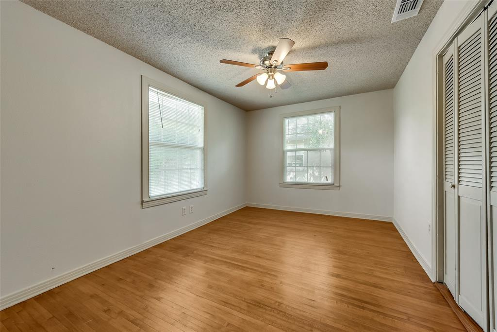 4616 Byers  Avenue, Fort Worth, Texas 76107 - acquisto real estate best new home sales realtor linda miller executor real estate