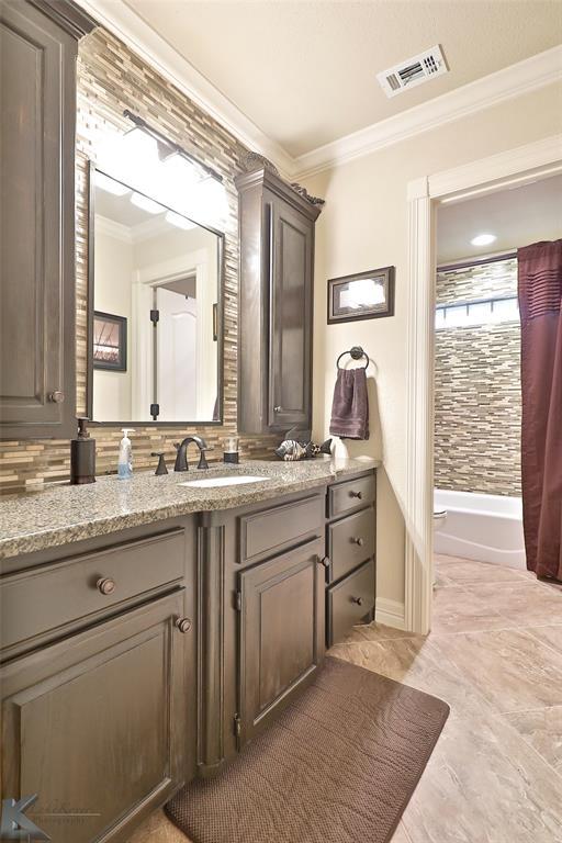 2409 Wyndham  Court, Abilene, Texas 79606 - acquisto real estate best realtor foreclosure real estate mike shepeherd walnut grove realtor