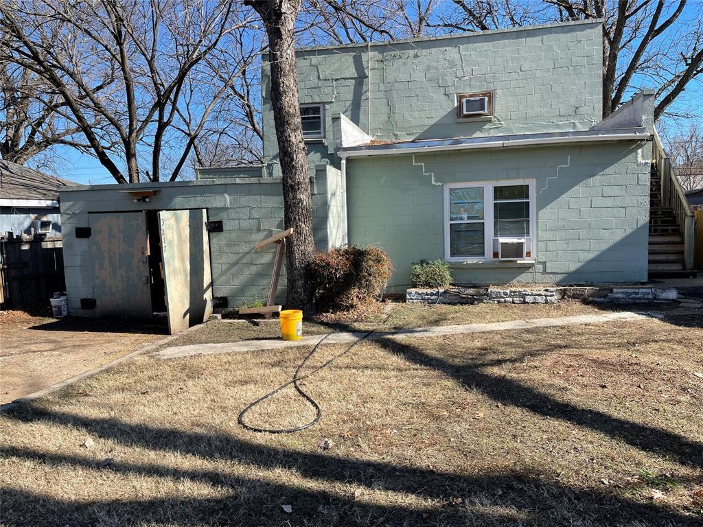 3217 James  Avenue, Fort Worth, Texas 76110 - Acquisto Real Estate best frisco realtor Amy Gasperini 1031 exchange expert