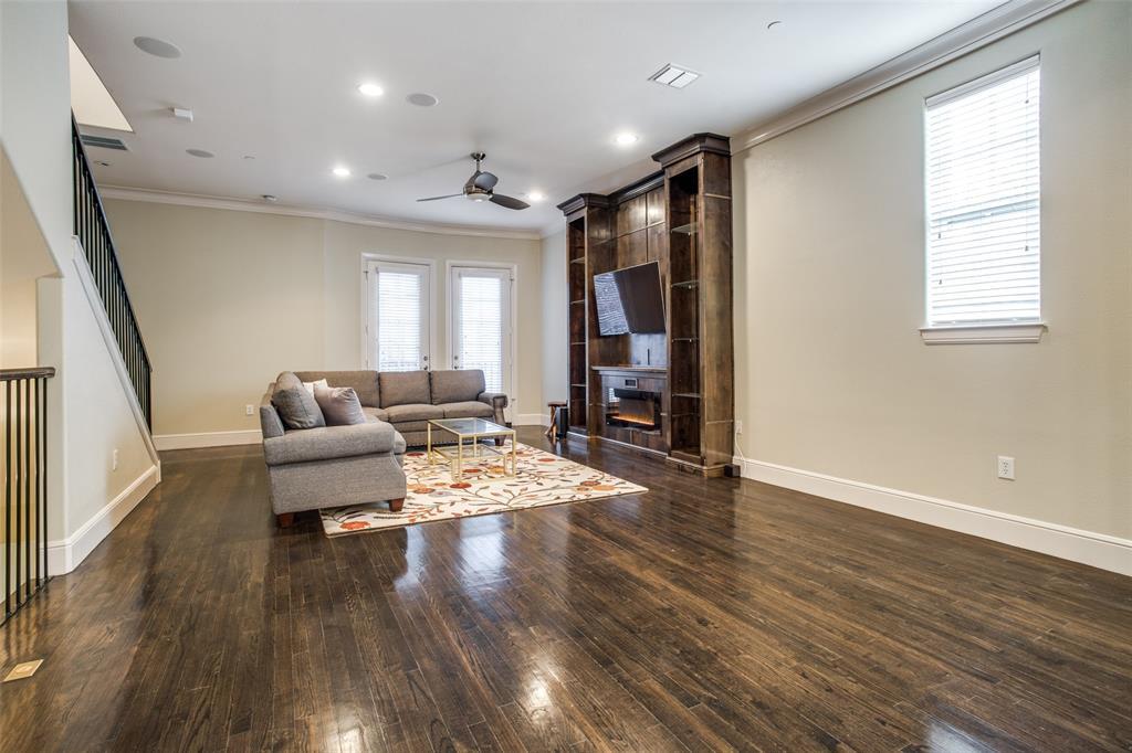 3200 Ross  Avenue, Dallas, Texas 75204 - acquisto real estate best real estate company to work for