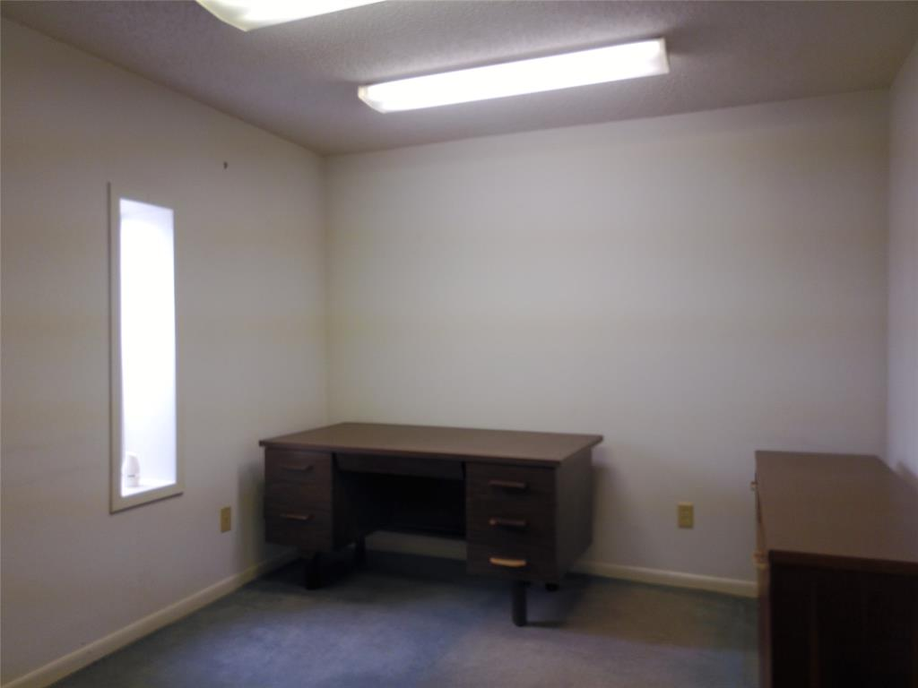 711 Walker  Street, Breckenridge, Texas 76424 - acquisto real estate best investor home specialist mike shepherd relocation expert