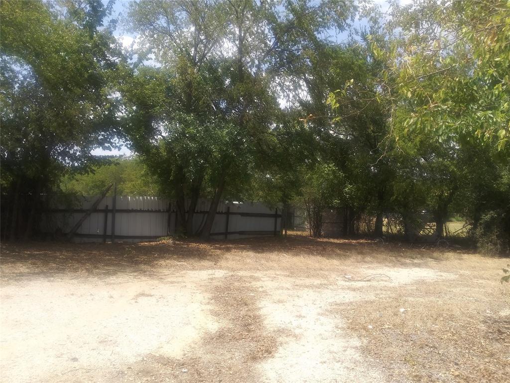 2319 Bomar  Avenue, Fort Worth, Texas 76103 - Acquisto Real Estate best frisco realtor Amy Gasperini 1031 exchange expert