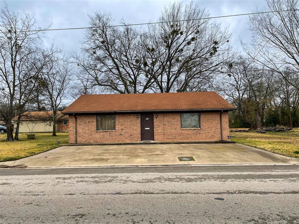 409 Jd Franklin  Drive, Sulphur Springs, Texas 75482 - Acquisto Real Estate best frisco realtor Amy Gasperini 1031 exchange expert