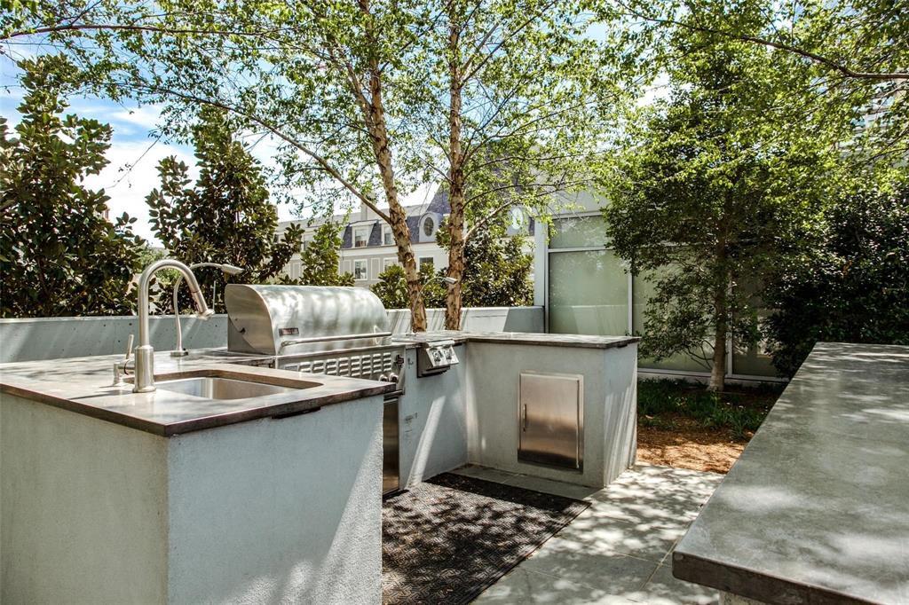 2900 Mckinnon  Street, Dallas, Texas 75201 - acquisto real estate best real estate follow up system katy mcgillen