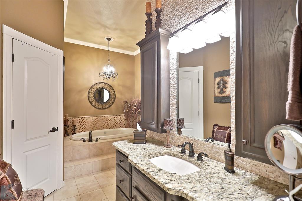 2409 Wyndham  Court, Abilene, Texas 79606 - acquisto real estate best designer and realtor hannah ewing kind realtor