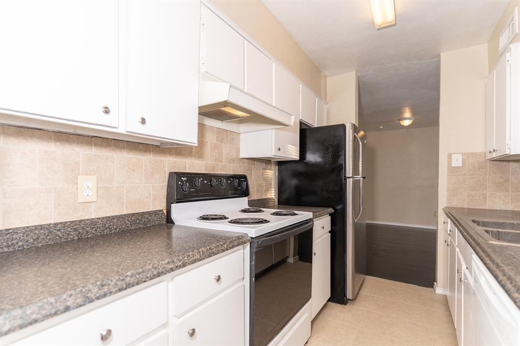 4612 Country Creek  Drive, Dallas, Texas 75236 - acquisto real estate best photo company frisco 3d listings