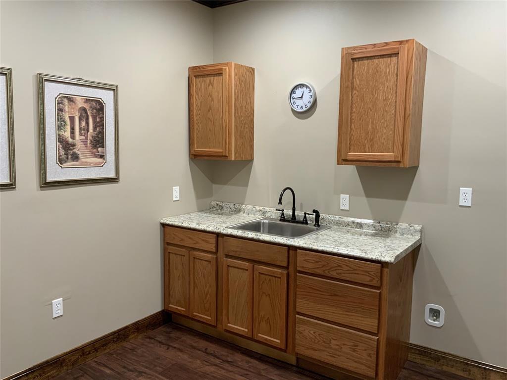 208 California  Street, Gainesville, Texas 76240 - acquisto real estate best listing agent in the nation shana acquisto estate realtor