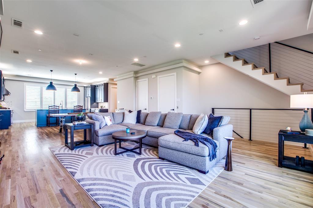 13001 Hutton  Drive, Farmers Branch, Texas 75234 - Acquisto Real Estate best frisco realtor Amy Gasperini 1031 exchange expert