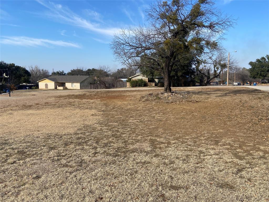 201 Ridge  Road, Breckenridge, Texas 76424 - Acquisto Real Estate best frisco realtor Amy Gasperini 1031 exchange expert