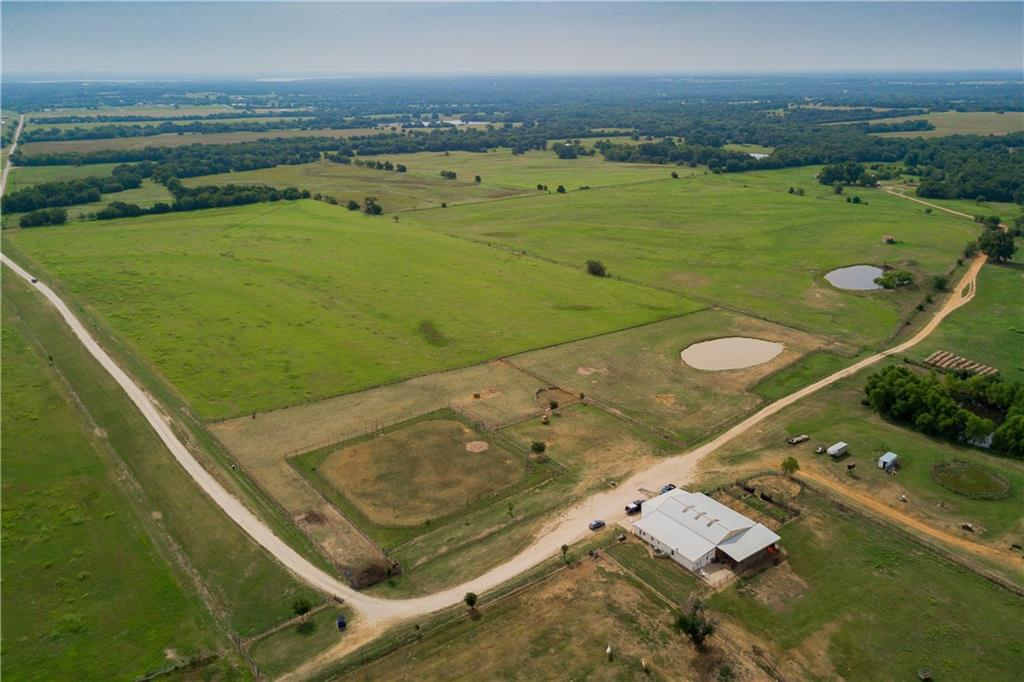 1417 Heritage  Road, Whitesboro, Texas 76273 - acquisto real estate best prosper realtor susan cancemi windfarms realtor