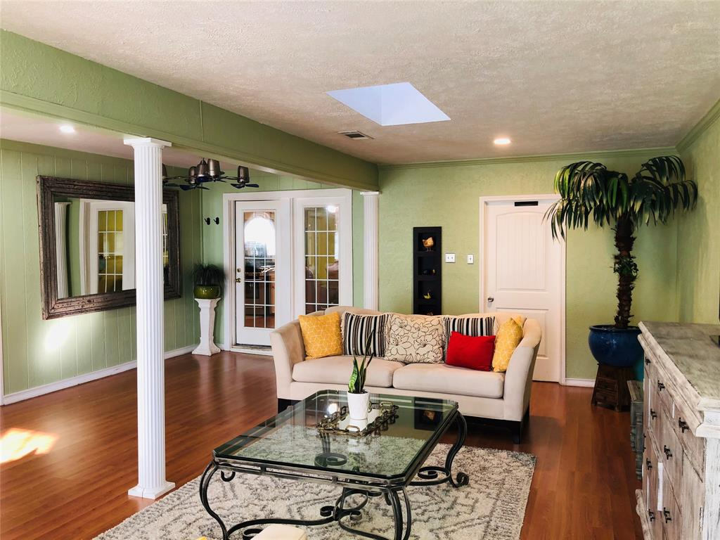 2507 Vernon  Avenue, Dallas, Texas 75224 - acquisto real estate best real estate company in frisco texas real estate showings