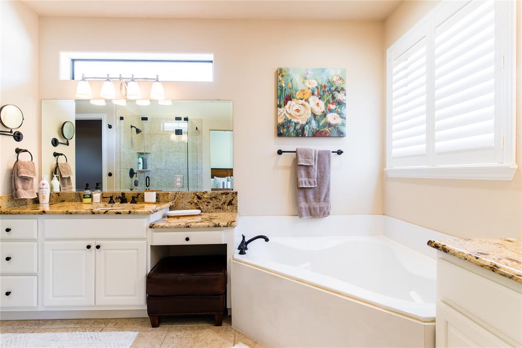 5765 Lois  Lane, Plano, Texas 75024 - acquisto real estate best photo company frisco 3d listings