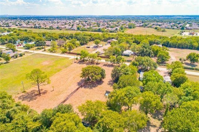 1221 Dan Gould  Drive, Arlington, Texas 76001 - Acquisto Real Estate best frisco realtor Amy Gasperini 1031 exchange expert