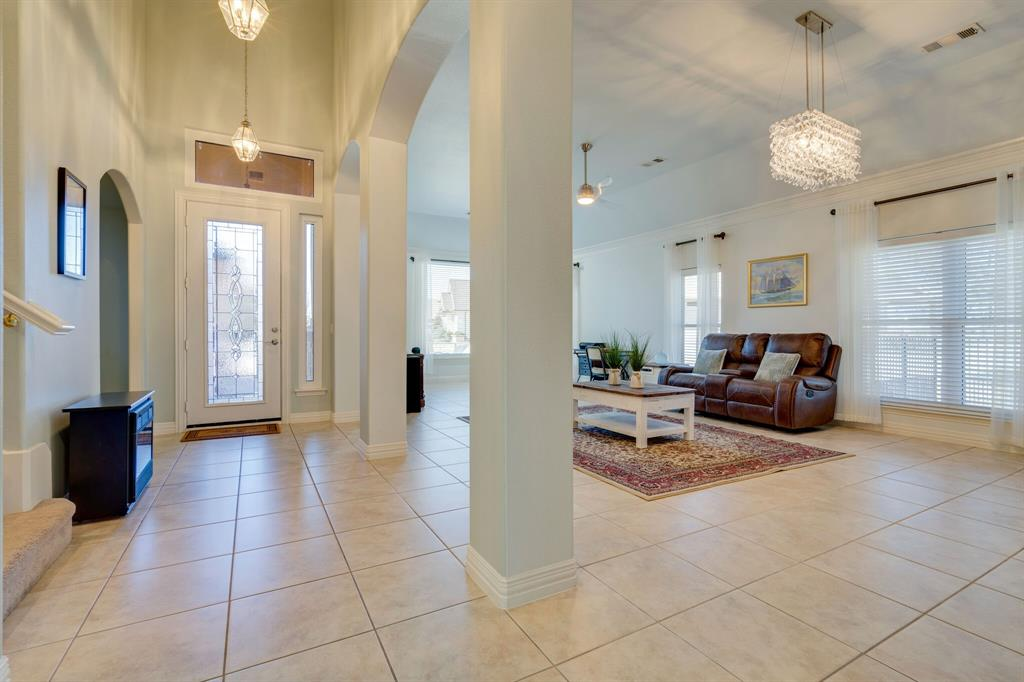 10901 Sandstone  Drive, Denton, Texas 76207 - acquisto real estate best celina realtor logan lawrence best dressed realtor