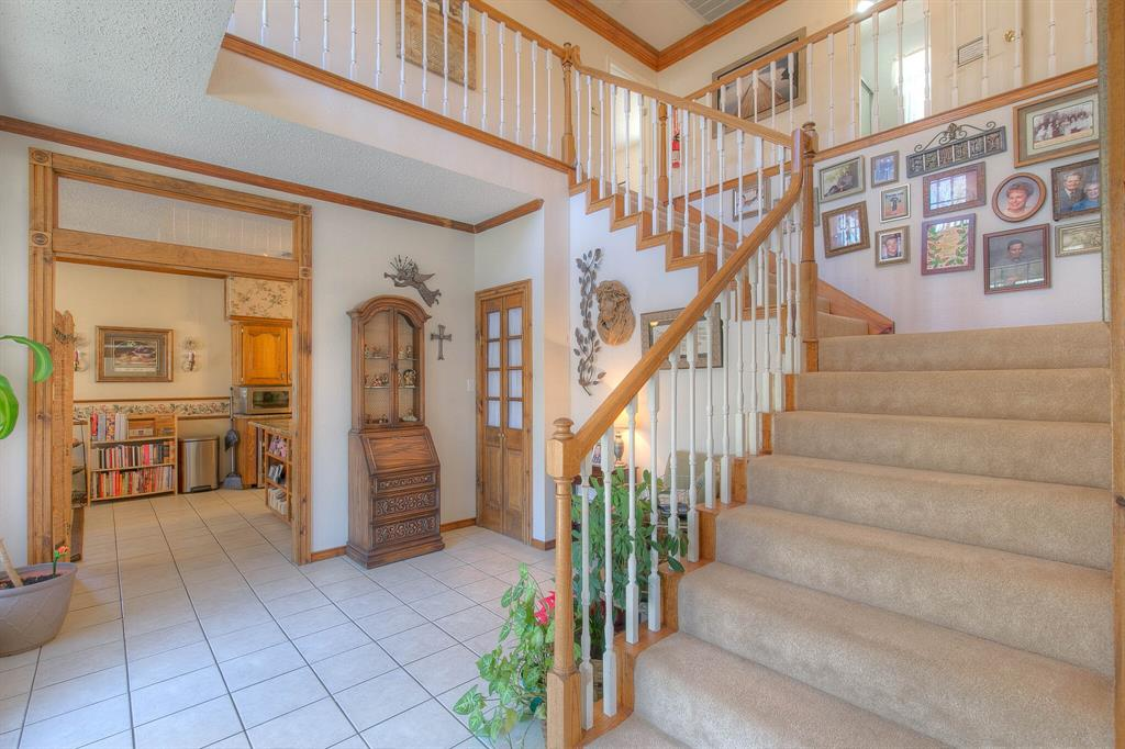 100 Mariah  Drive, Weatherford, Texas 76087 - acquisto real estate best real estate company to work for