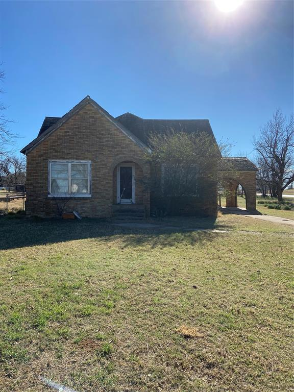 1404 Elm  Megargel, Texas 76370 - Acquisto Real Estate best frisco realtor Amy Gasperini 1031 exchange expert