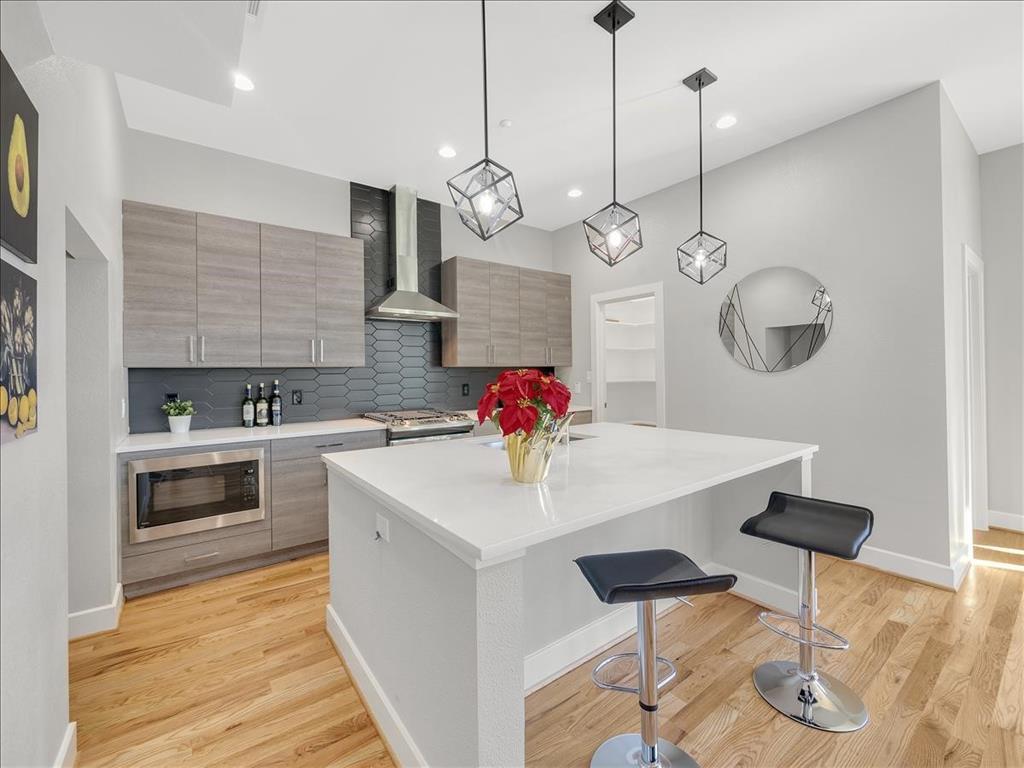 484 Tyler  Street, Dallas, Texas 75208 - Acquisto Real Estate best frisco realtor Amy Gasperini 1031 exchange expert