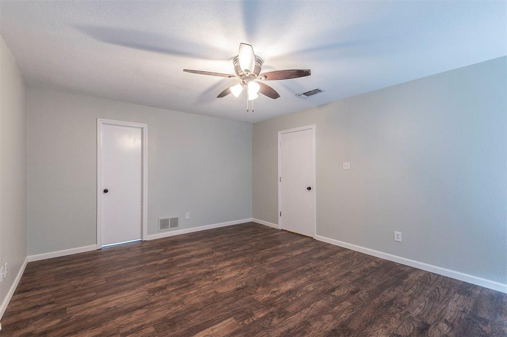 1020 Chasemore  Court, Mansfield, Texas 76063 - acquisto real estate best investor home specialist mike shepherd relocation expert
