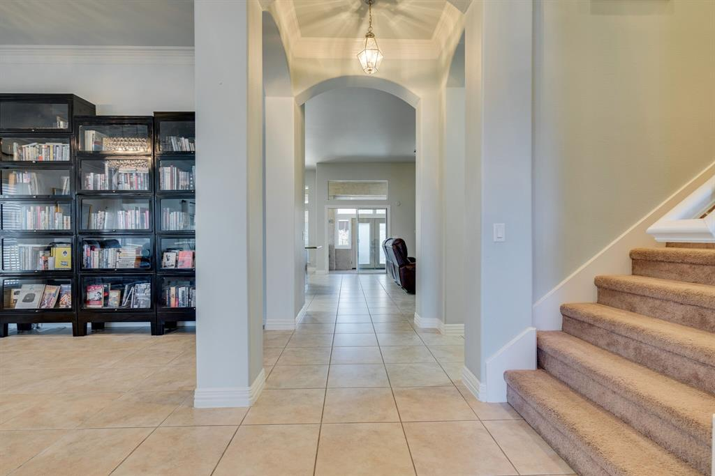 10901 Sandstone  Drive, Denton, Texas 76207 - acquisto real estate best listing listing agent in texas shana acquisto rich person realtor