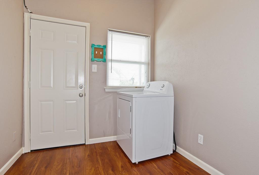 5105 Skillman  Street, Dallas, Texas 75206 - acquisto real estate best style realtor kim miller best real estate reviews dfw