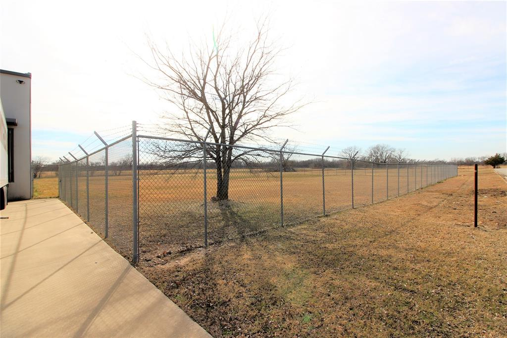 1101 Woods  Gainesville, Texas 76240 - acquisto real estate best prosper realtor susan cancemi windfarms realtor