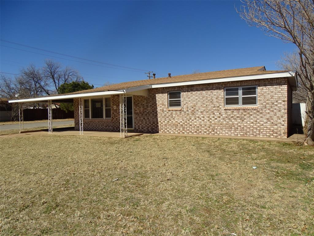 2113 41st  Street, Snyder, Texas 79549 - Acquisto Real Estate best frisco realtor Amy Gasperini 1031 exchange expert