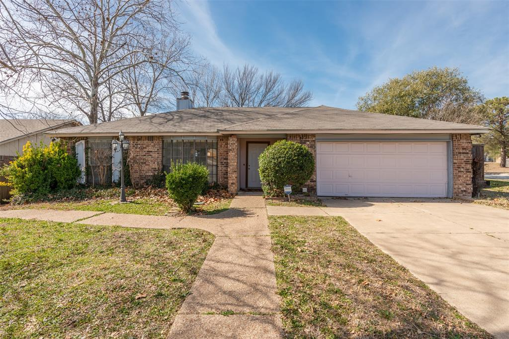 100 Grand Meadow  Drive, Fort Worth, Texas 76108 - Acquisto Real Estate best frisco realtor Amy Gasperini 1031 exchange expert