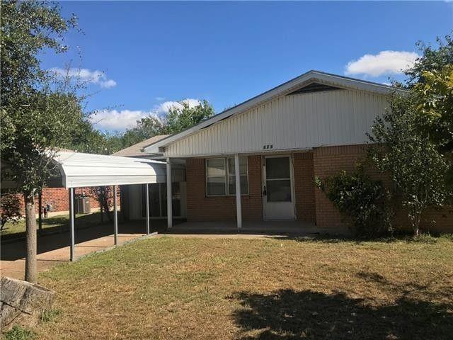 828 Horseshoe  Drive, Beverly Hills, Texas 76711 - Acquisto Real Estate best frisco realtor Amy Gasperini 1031 exchange expert