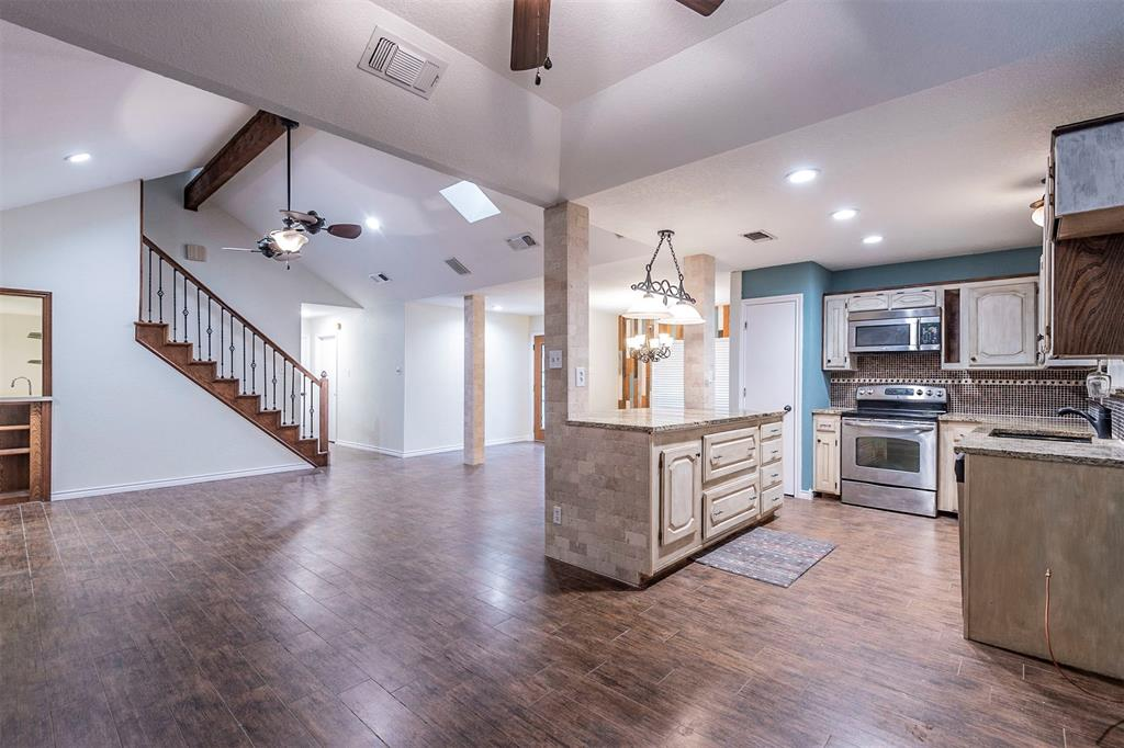 1020 Chasemore  Court, Mansfield, Texas 76063 - acquisto real estate best allen realtor kim miller hunters creek expert
